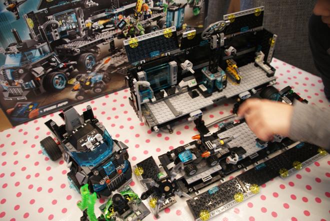 LEGO Ultra Agents Hoofdkwartier