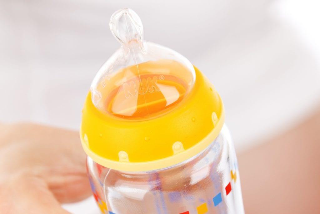 10 voordelen van flesvoeding