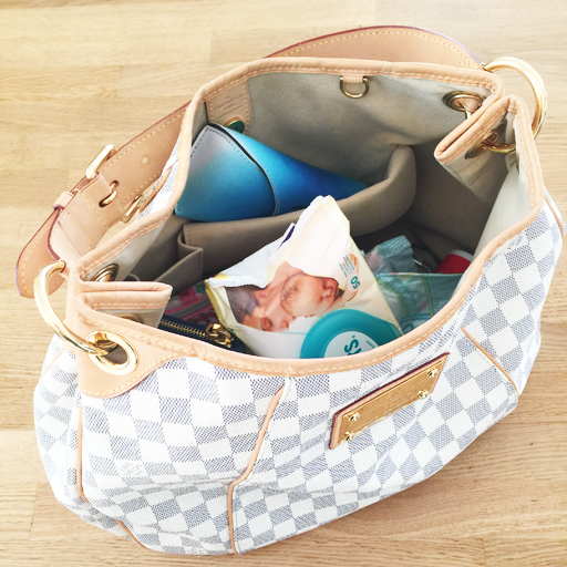 Een kijkje in mijn kidsproof handtas