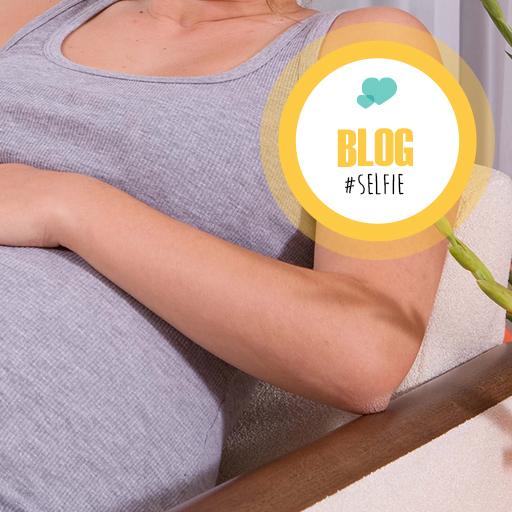 Artsen plaatsen selfies met pas bevallen vrouwen en baby's