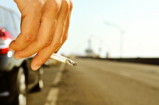verbod op roken tijdens het autorijden