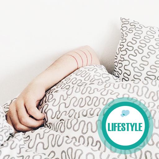 Moeders opgelet; Binnen 1 minuut in slaap vallen met deze tip!