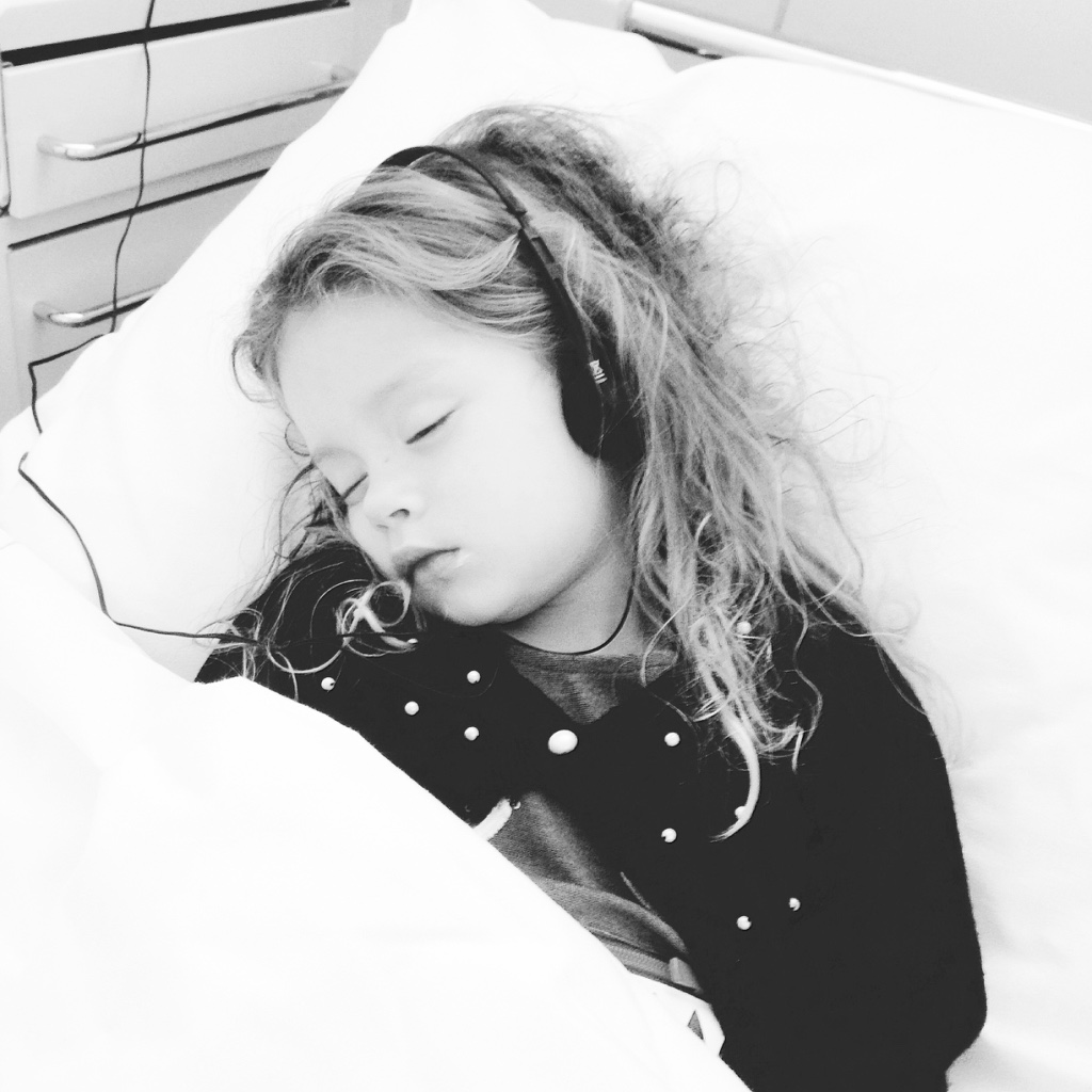 ziekenhuisavontuur Lotte heeft jeugdreuma