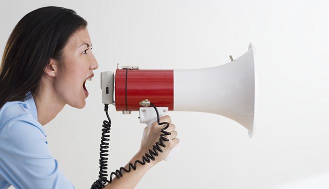 aandacht krijgen zonder schreeuwen