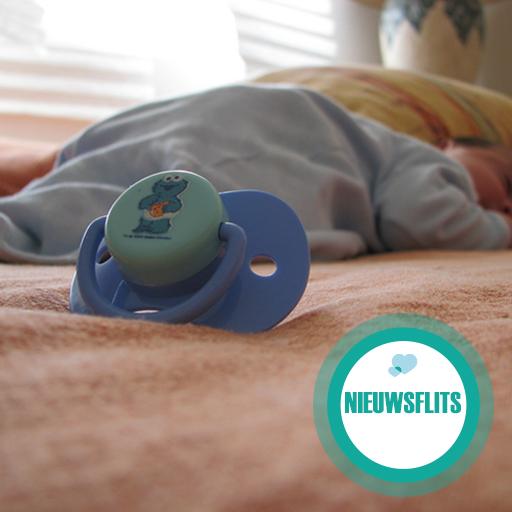 Samen slapen met je baby blijkt taboe in Engeland