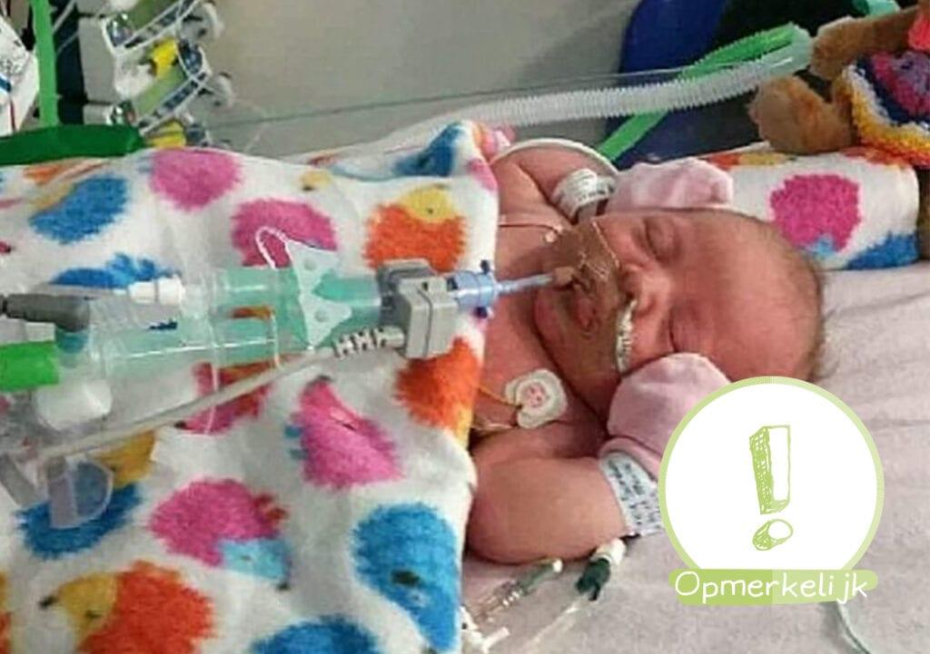 Baby geboren met water in plaats van bloed nu 1 jaar!