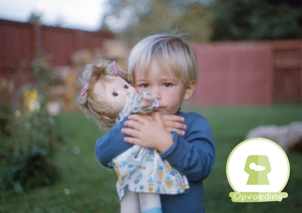 Zoon wil een pop voor Sinterklaas. Wat vind ik daarvan?