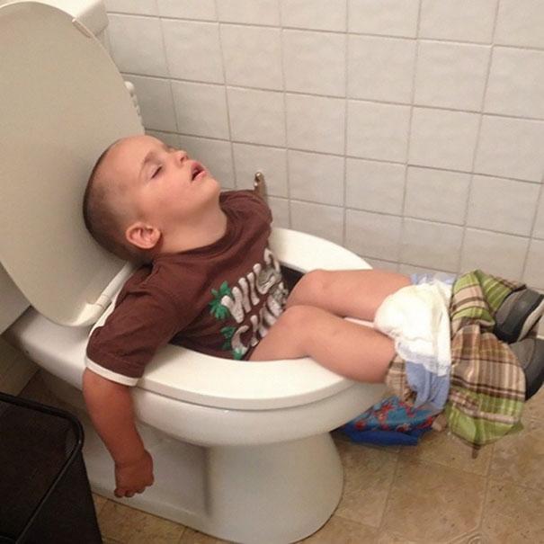 slapen-op-de-wc