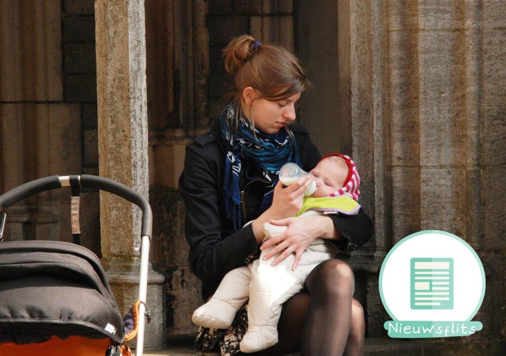 SGP vindt: 1000 euro voor ouders die een eerste kind krijgen