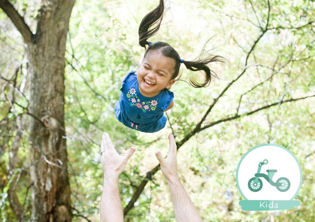 Gezin adopteert meisje zonder armen en benen