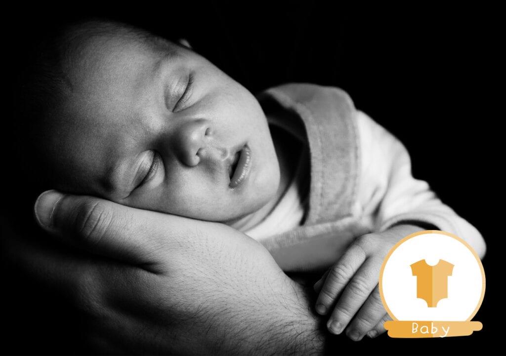 8 Manieren om je baby zo snel mogelijk in slaap te krijgen