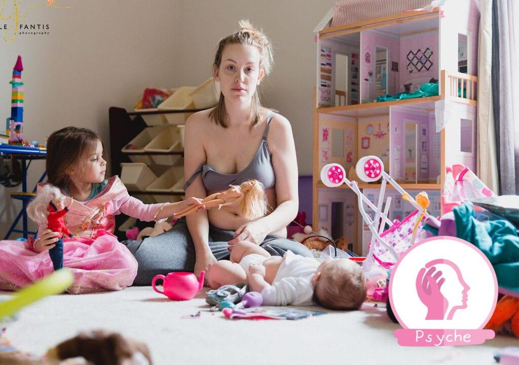 Moeder plaatst bijzondere foto's van postnatale depressie