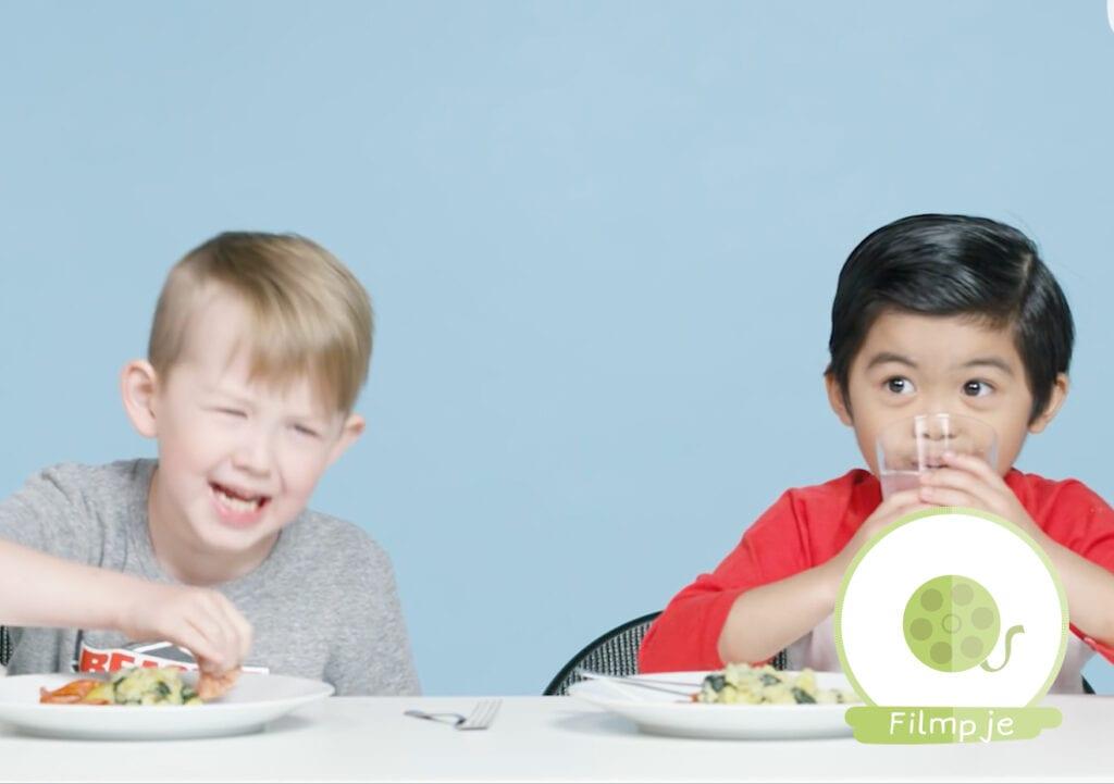 Deze Amerikaanse kinderen proberen Nederlands eten