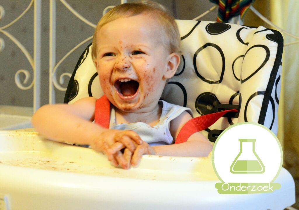 Knoeit jouw baby met eten? Goed zo!