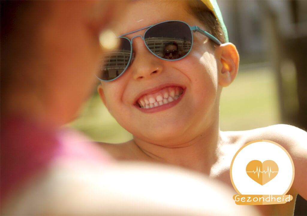 Aan alle ouders: bescherm je kinderen beter tegen de zon!