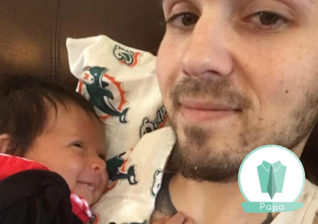 Vader geeft borstvoeding aan zijn baby en gaat viral op internet