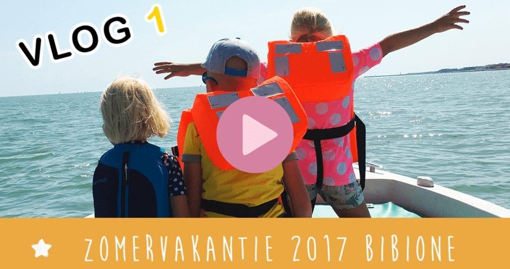 Vakantievlog #1 ☆ Loslopende beren & met een boot de zee op