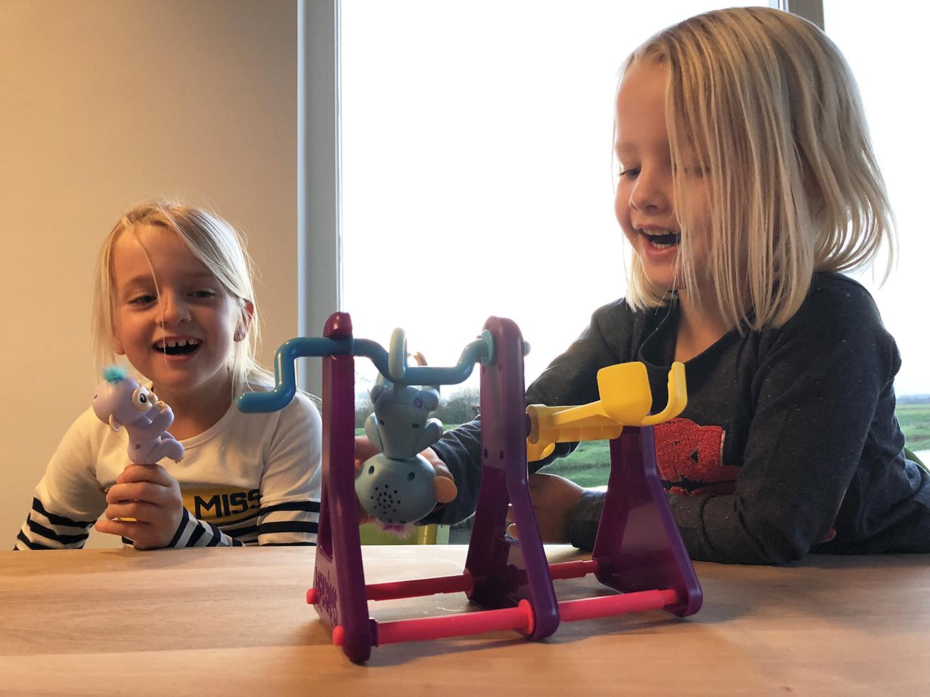 Fingerlings aapje: samen spelen