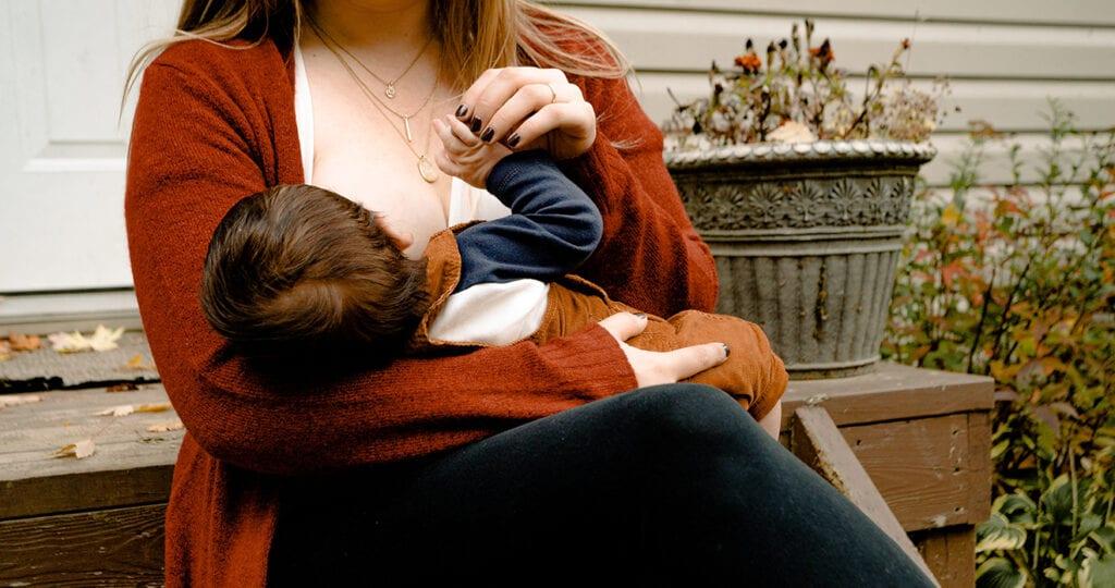 Van borstvoedingsmaffia naar kunstvoeding-guerrilla's
