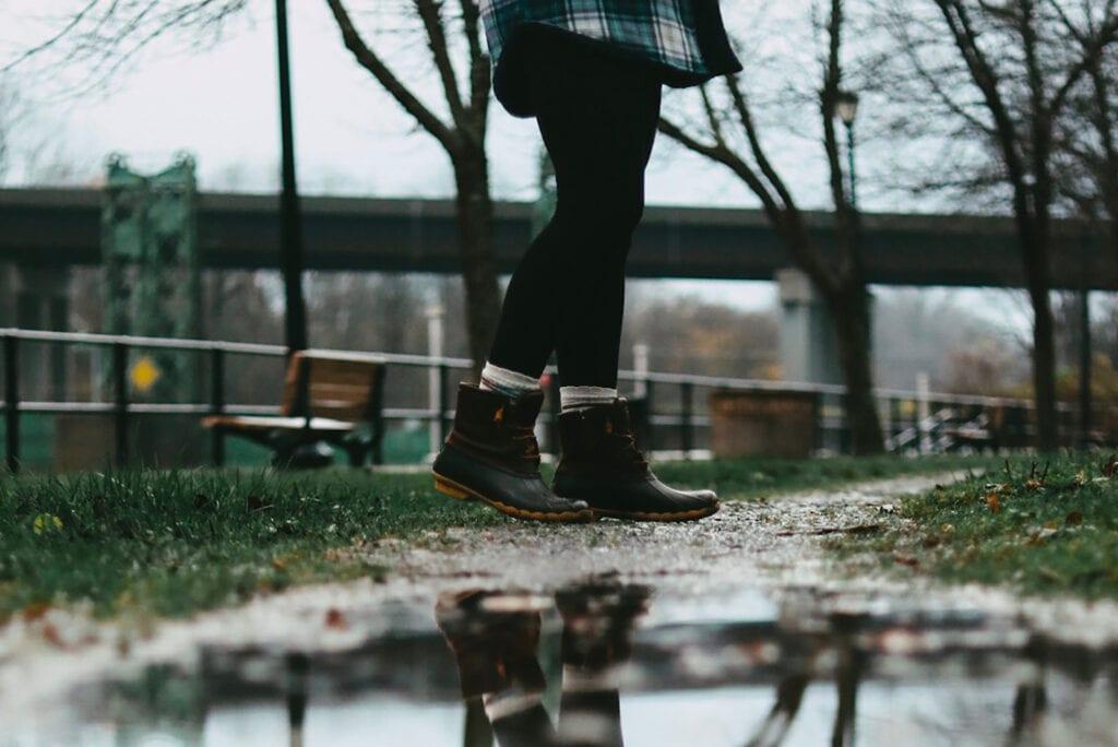 Het is vies binnen schoenen te dragen