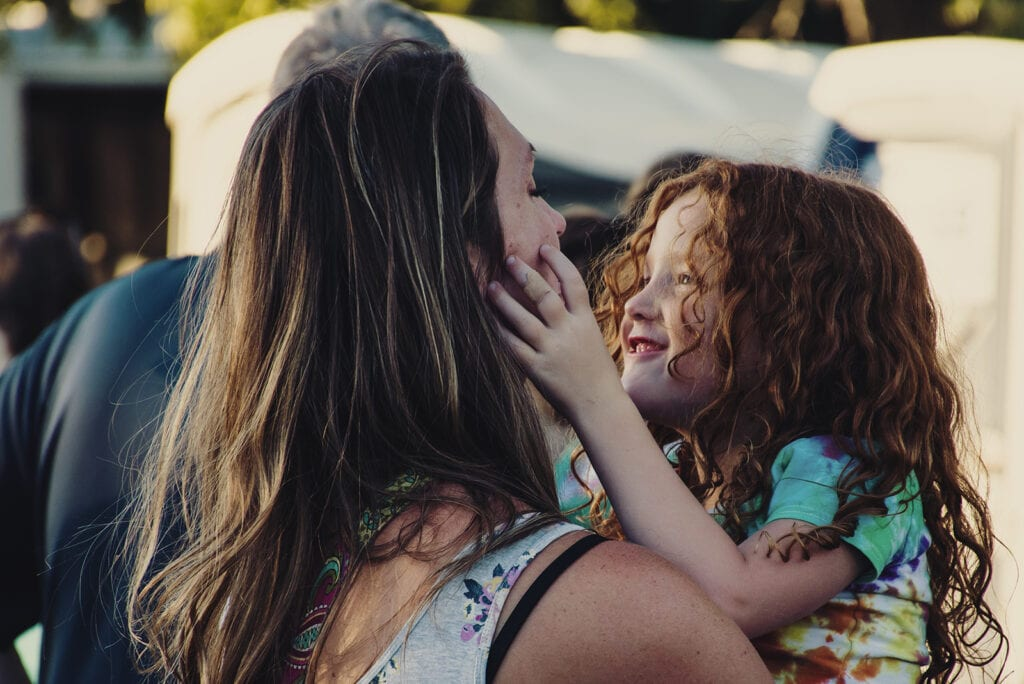 Hoe laat je je kind merken dat je hem waardeert?
