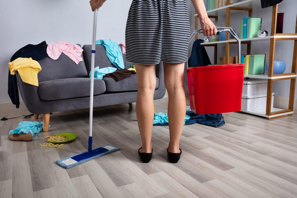 Onderzoek: Mannen zorgen voor 7 uur extra werk in het huishouden