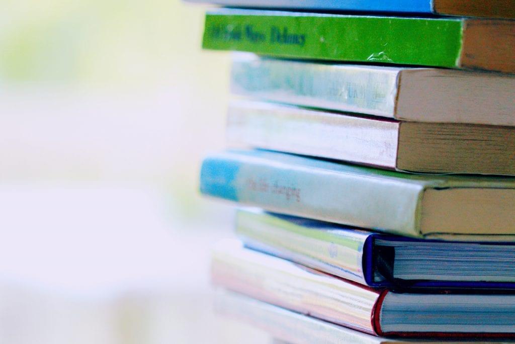 Zo kom je de coronacrisis door: koop een e-reader en lees deze boeken