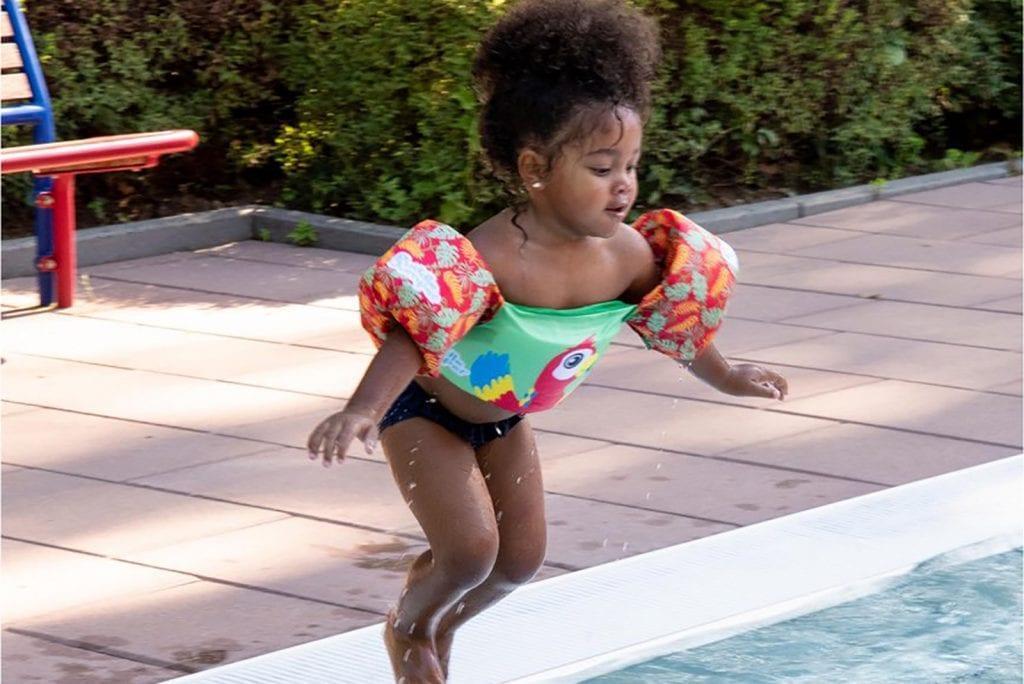 Lekker zwemmen met Sevylor Puddle Jumpers zwembandjes