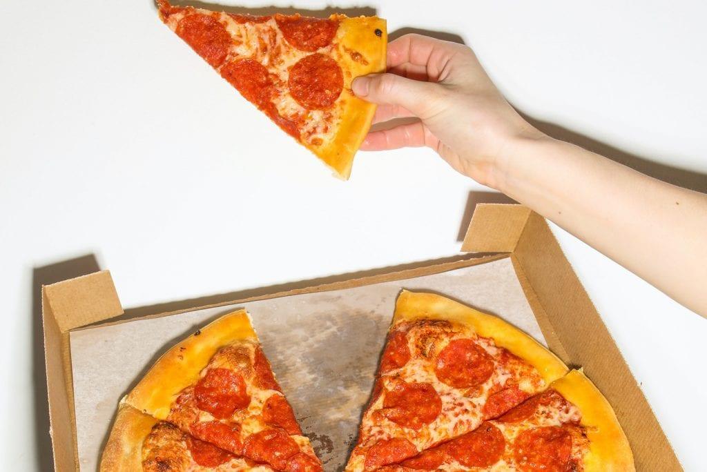Etenstijd met pubers: zo gaat het er aan tafel aan toe!