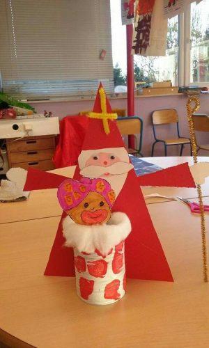 Sinterklaas knutselen: Sint en Piet van WC rol
