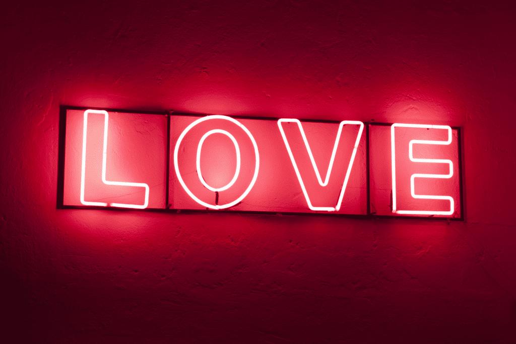Wat geef je met Valentijnsdag: Simpel en origineel!