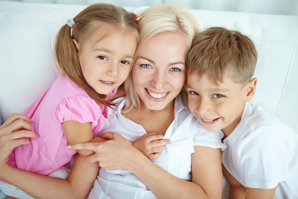 Hoeveel kindergeld krijgt een alleenstaande moeder?