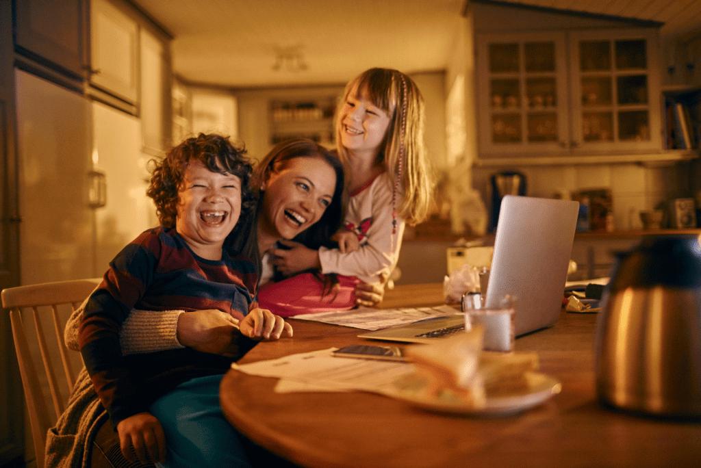 Welke toeslagen voor alleenstaande moeder: Wat krijg je in 2021?