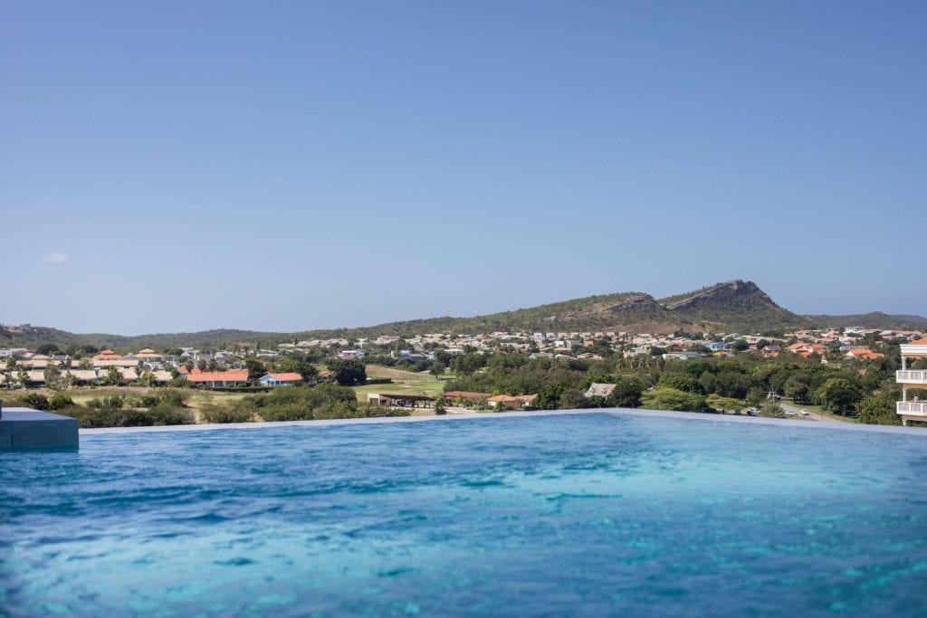 Wonen op Curacao Villa Casa di Bario zwembad