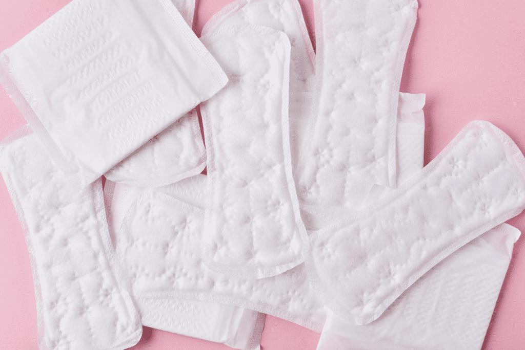 Onregelmatige menstruatie pubertijd: Hoe komt dit?