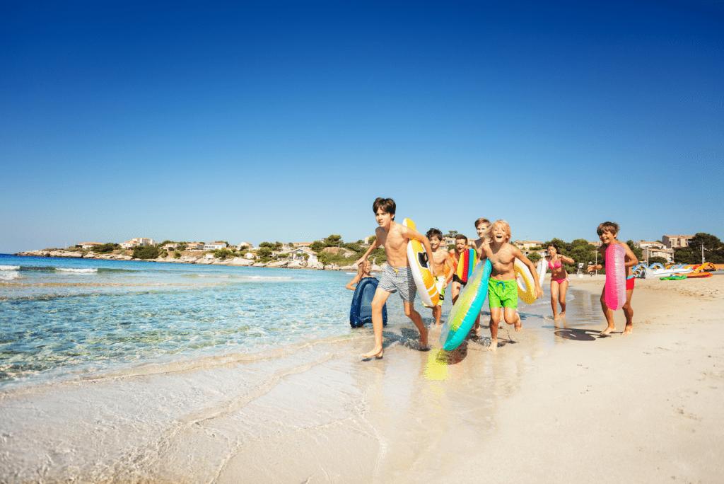 Waarom de zomer zoveel beter is nu kinderen ouder zijn